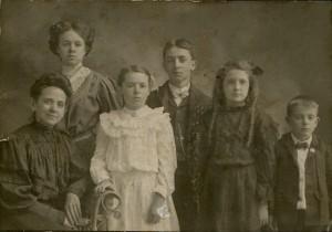 famille mere et ses cinq enfants