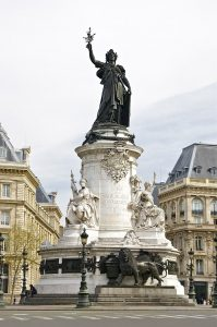 Statue-de-la-Republique