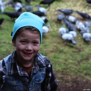 gabi avec ses oiseaux