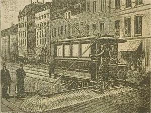 nettoyage des rues avec un tramway