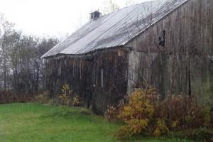 grange sous la pluie un