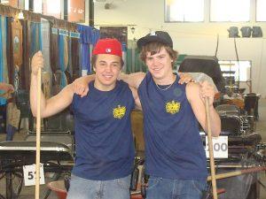 deux jeunes travailleurs